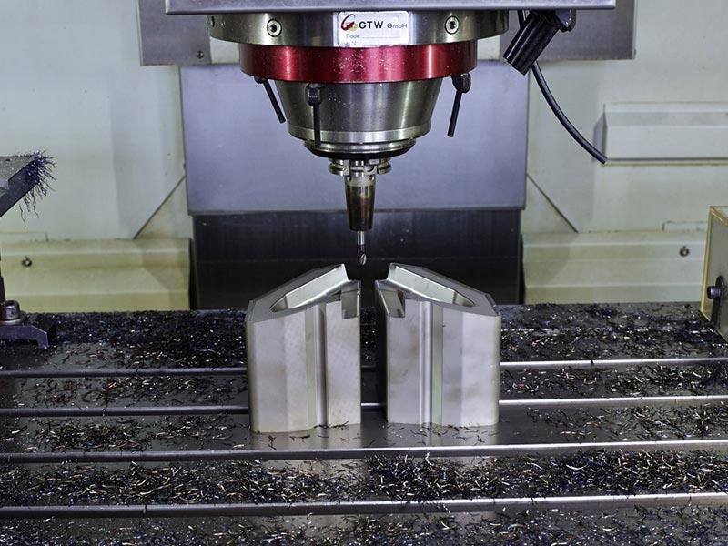 Sixt GmbH Werkzeugbau